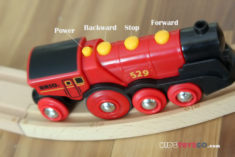 Brio red locomotive has 4 buttons