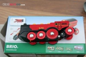 Brio mighty red locomotive with box